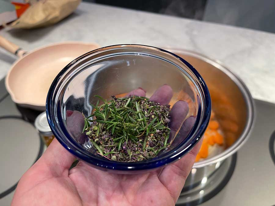 Dried Thyme and Fresh Rosemary