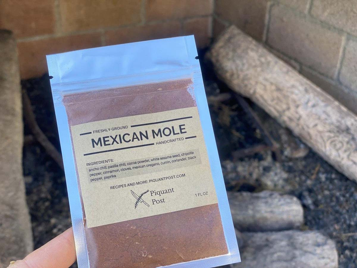 Piquant Post Mexican Mole Mix